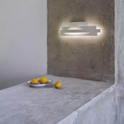 Li Wall Light